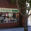 lynne's store front